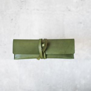 綠色綁帶筆盒